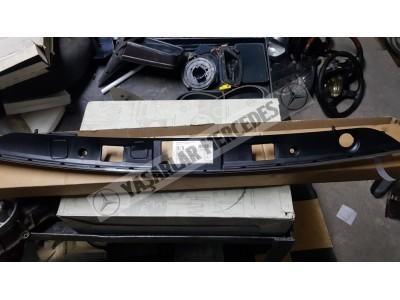 Mercedes W204 Tampon Tutma Aracı 2047400793 Orijinal 2047402193