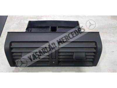 Mercedes W210 Kalorifer Orta Izgara Peteği Orijinal 2108300054